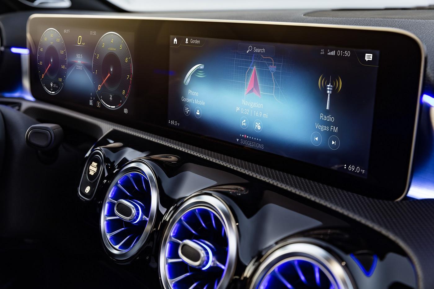 Mercedes-Benz A-Klasse inni