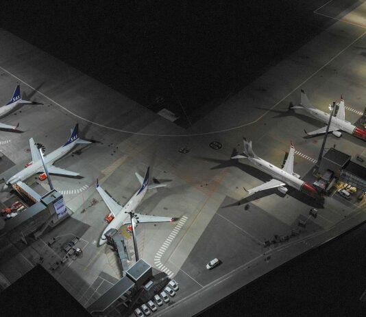 Parkerte fly på Oslo lufthavn mars 2020